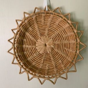 Vintage Woven Sunburst Basket Wall Decor